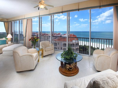 Condominio for sales at HIDEAWAY BEACH - ROYAL MARCO POINT 4000  Royal Marco Way 922 Marco Island, Florida 34145 Estados Unidos