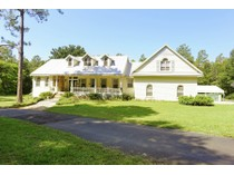 Casa para uma família for sales at BROOKSVILLE 1671  Virginia Lee Cir   Brooksville, Florida 34602 Estados Unidos