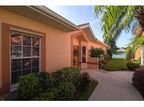 Maison de Ville for sales at WALDEN SHORES - WALDEN SHORES 7002  Lone Oak Blvd   Naples, Florida 34109 États-Unis