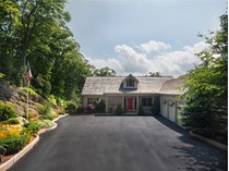 Casa para uma família for sales at LINVILLE RIDGE 634  Chestnut Trail 6   Linville, Carolina Do Norte 28646 Estados Unidos