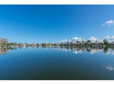 Appartement en copropriété for sales at MARCO ISLAND - SOUTH SEAS EAST 633  Seaview Ct 4  Marco Island, Florida 34145 États-Unis