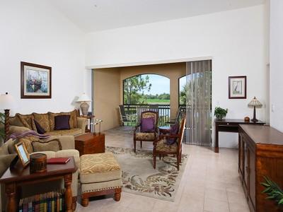Nhà chung cư for sales at FIDDLER'S CREEK - DEER CROSSING 3910  Deer Crossing Ct 203 Naples, Florida 34114 Hoa Kỳ