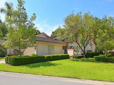 Nhà phố for sales at THE MEADOWS 4004  Penshurst Sarasota, Florida 34235 Hoa Kỳ