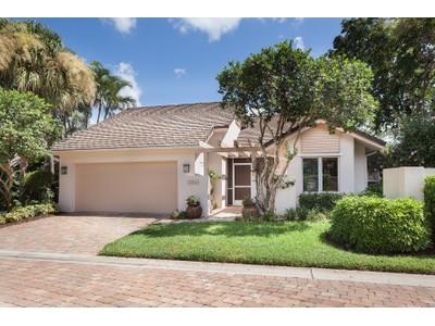 Casa Unifamiliar for sales at PELICAN BAY - ST ANDREWS 701  Heathery Ln Naples, Florida 34108 Estados Unidos