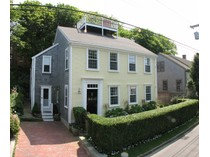 Moradia for sales at Beautiful in Old Historic District 17 Lily Street   Nantucket, Massachusetts 02554 Estados Unidos
