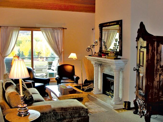 Condomínio for sales at Country Club Villas  Snowmass Village, Colorado 81615 Estados Unidos