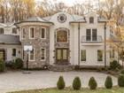 Casa Unifamiliar for sales at 8315 Old Dominion Drive, Mclean  McLean, Virginia 22102 Estados Unidos