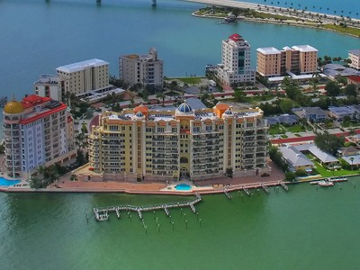 Eigentumswohnung for sales at LA BELLASARA 464  Golden Gate Pt 701 Sarasota, Florida 34236 Vereinigte Staaten
