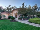 단독 가정 주택 for sales at Superb Home With Amazing Landscape 43 Champion Trl San Antonio, 텍사스 78258 미국