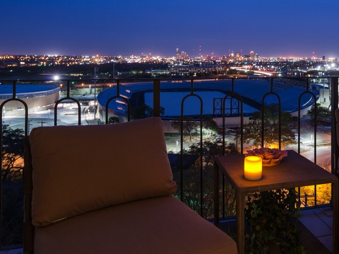 Condominium for sales at Spectacular Downtown Views 700 E Hildebrand Ave 902 San Antonio, Texas 78212 United States