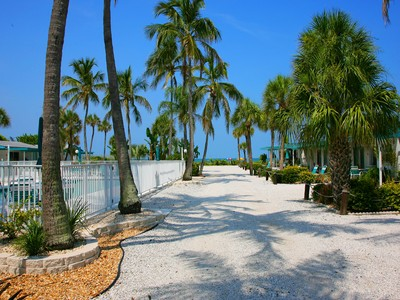 Condominium for sales at CONTINENTALS SEA CLUB 1 4141  Gulf Of Mexico Dr 43 Longboat Key, Florida 34228 United States