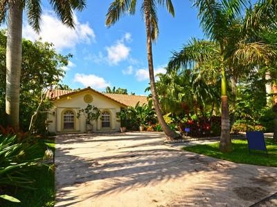 獨棟家庭住宅 for sales at 498 Oregon Ln, Boca Raton, FL 33487 498  Oregon Ln Boca Raton, 佛羅里達州 33487 美國