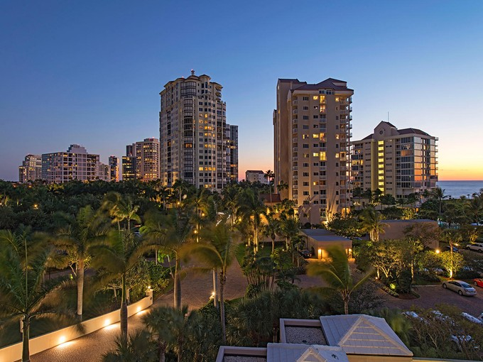 Condominium for sales at NAPLES CAY - BAYPOINTE 60  Seagate Dr 501  Naples, Florida 34103 United States