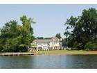 Einfamilienhaus for  sales at HIGH ROCK LAKE 310  Fox Hollow Ln   Salisbury, North Carolina 28146 Vereinigte Staaten