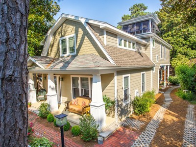 Villa for sales at 48 Oak Ave, , DE 19971 48  Oak Ave  Rehoboth Beach, Delaware 19971 Stati Uniti