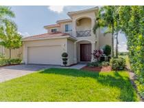 Moradia for sales at NAPLES - VALENCIA COUNTRY CLUB 1456  Birdie Dr   Naples, Florida 34120 Estados Unidos