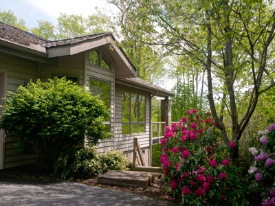 共管式独立产权公寓 for sales at LINVILLE RIDGE 1515  Cranberry Knoll 15 Linville, 北卡罗来纳州 28646 美国
