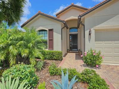 Casa Unifamiliar for sales at VENETIAN FALLS 20264  Pezzana Dr Venice, Florida 34292 Estados Unidos