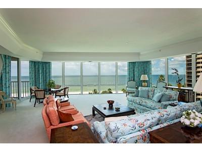 Nhà chung cư for sales at PARK SHORE - LE CIEL PARK TOWER 3991  Gulf Shore Blvd  N # 504  Naples, Florida 34104 Hoa Kỳ