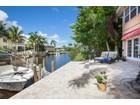 Кооперативная квартира for sales at OYSTER BAY-QUARTERDECK 1504  Blue Point Ave 2 Naples, Флорида 34102 Соединенные Штаты