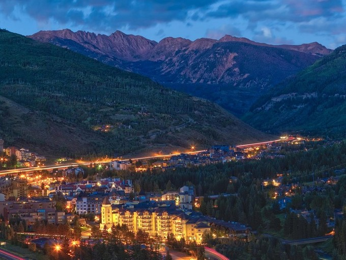Nhà chung cư for sales at The Ritz-Carlton Residences, Vail #402 728 W. Lionshead Circle Vail, Colorado 81657 Hoa Kỳ