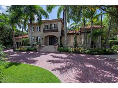 Moradia for sales at PORT ROYAL 2070  Gordon Dr Naples, Florida 34102 Estados Unidos