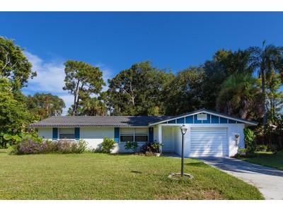 Nhà ở một gia đình for sales at SOUTH VENICE 331  Bradenton Rd  Venice, Florida 34293 Hoa Kỳ