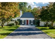 独户住宅 for sales at Estate    Matinecock, 纽约州 11560 美国