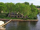 Vivienda unifamiliar for  sales at 27150 Edgewood Road    Shorewood, Minnesota 55331 Estados Unidos
