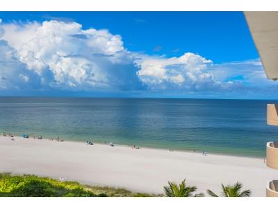 共管式独立产权公寓 for sales at MARCO ISLAND - LES FALLS 870 S Collier Blvd PH-A Marco Island, 佛罗里达州 34145 美国