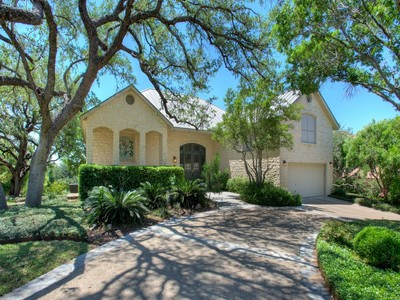 Single Family Home for sales at A True Texas Gem! 1302 Summerfield San Antonio, Texas 78258 United States