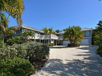 Casa Unifamiliar for sales at MANASOTA KEY 7185  Manasota Key Rd Englewood, Florida 34223 Estados Unidos