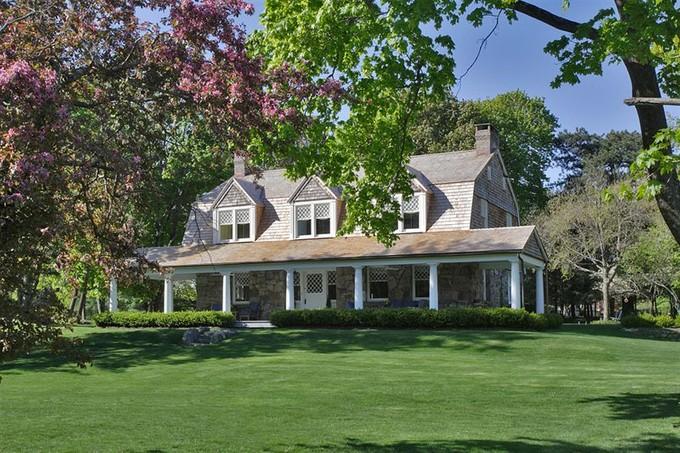 Частный односемейный дом for sales at Kane Cruger Cottage  Tuxedo Park, Нью-Мексико 10987 Соединенные Штаты