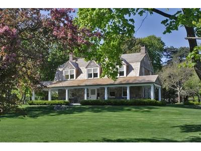 獨棟家庭住宅 for  at Kane Cruger Cottage  Tuxedo Park, New York 10987 United States