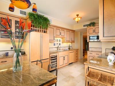 Condominium for sales at PARK SHORE - LA MER 4051  Gulf Shore Blvd  N PH-102 Naples, Florida 34103 United States