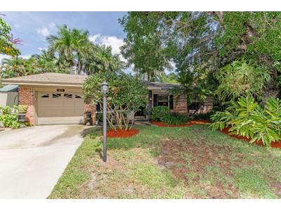 Tek Ailelik Ev for sales at NAPLES TERRACE 1031  Diana Ave  Naples, Florida 34103 Amerika Birleşik Devletleri