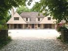 Casa para uma família for sales at Colonial 3 Pond Ln Sands Point, Nova York 11050 Estados Unidos