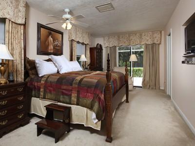 Частный односемейный дом for sales at MARCO ISLAND 524  Barfield Dr  N Marco Island, Флорида 34145 Соединенные Штаты