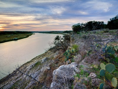 Fattoria / ranch / campagna for sales at Travis Peak Bluffs 171 Acres Travis Peak Trl Marble Falls, Texas 78654 Stati Uniti