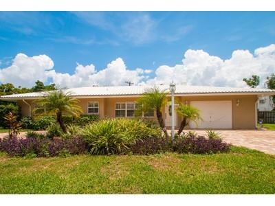 Maison unifamiliale for sales at SOUTH GATE 3537 S School Ave  Sarasota, Florida 34239 États-Unis