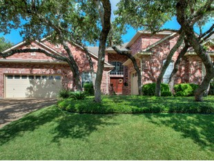 Single Family Home for sales at Wonderful Cul-De-Sac Home in Emerald Forest 18219 Openforest San Antonio, Texas 78259 United States