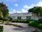 Einfamilienhaus for sales at Villa Home at Ocean Reef 22 Grayvik Drive Key Largo, Florida 33037 Vereinigte Staaten