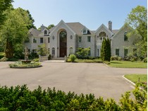 Einfamilienhaus for sales at Colonial    Upper Brookville, New York 11771 Vereinigte Staaten