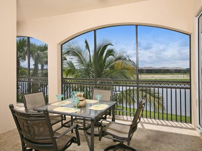 Eigentumswohnung for sales at FIDDLER'S CREEK - SERENA 3198  Serenity Ct 201 Naples, Florida 34114 Vereinigte Staaten