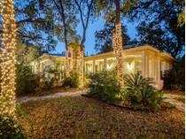 Частный односемейный дом for sales at Beautiful Gem in Hill Country Village 211 Hill Country Ln  Hill Country Village, San Antonio, Техас 78232 Соединенные Штаты