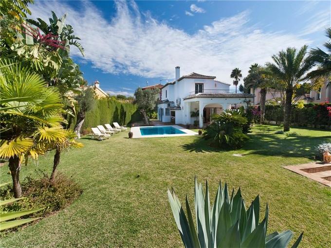 Vivienda unifamiliar for sales at East of Marbella  Marbella, Costa Del Sol 29600 España
