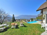 Maison unifamiliale for sales at Villa surplombant le lac  Menthon,  74290 France