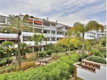 Appartement for sales at Frontline beach complex  apartment  Marbella, Costa Del Sol 29600 Espagne