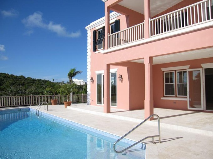 Moradia em banda for sales at Ships Hill 27, Tuckers Point  St Georges Parish, Bermuda HS 02 Bermuda