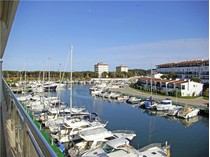 Căn hộ for sales at Bright apartment in the prestigious Club Náutico o    Platja D Aro, Costa Brava 17250 Tây Ban Nha